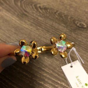 NWT Kate Spade gold iridescent flower bracelet!